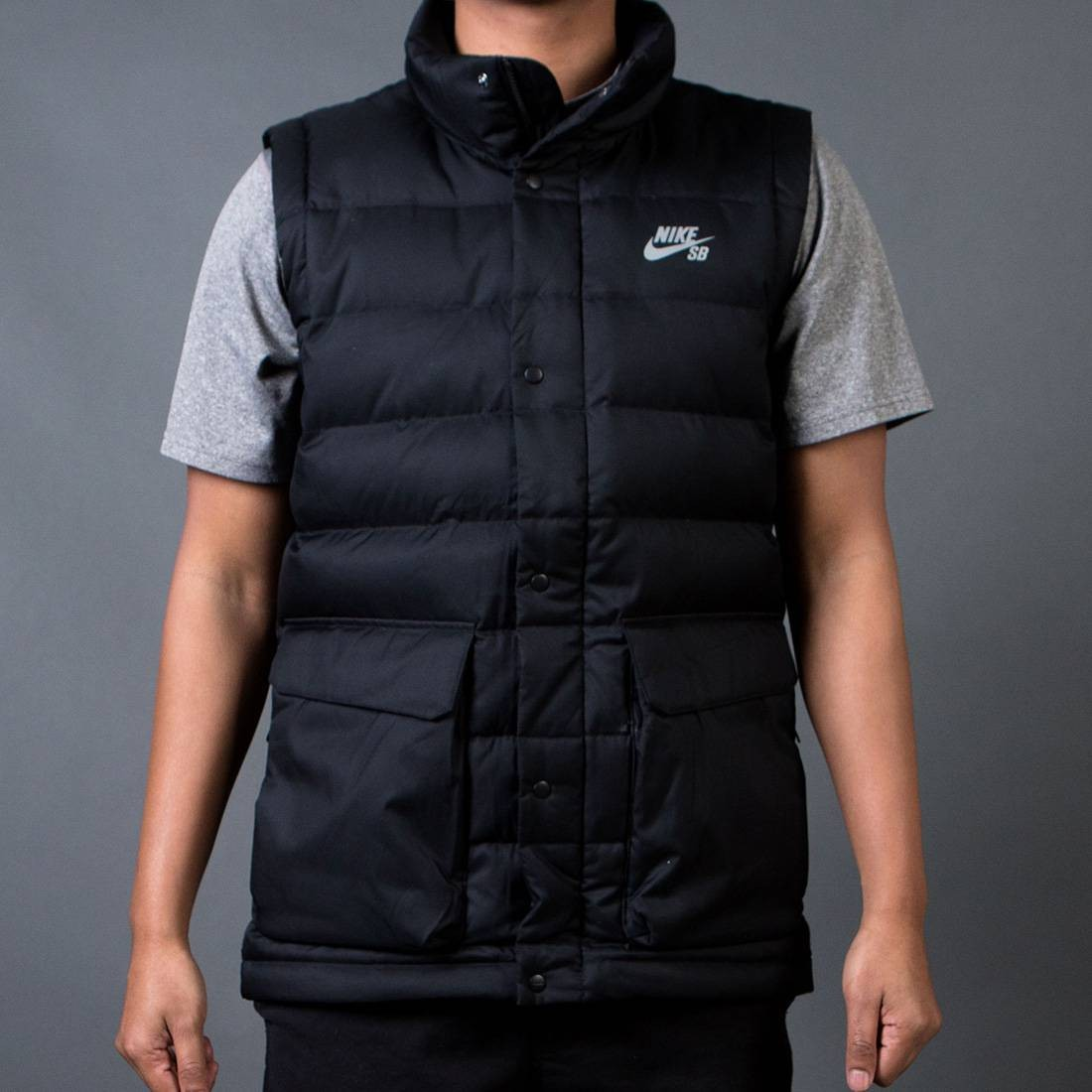 Nike Men SB 550 Down Fill Vest (black)