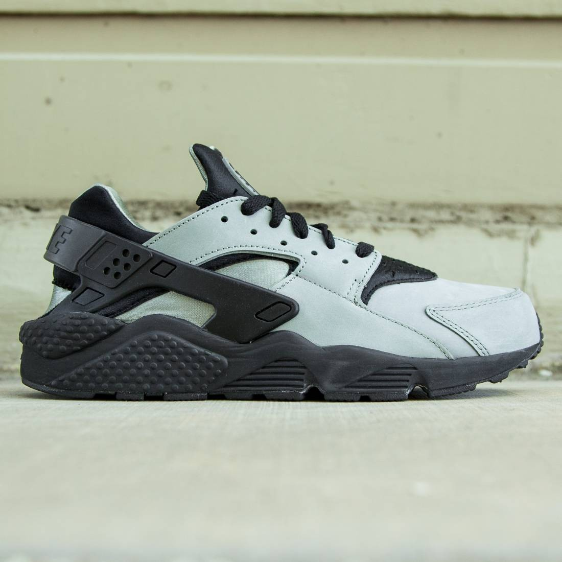 3eb05fdd7ae1a Nike Men Air Huarache Run PRM (mica green   black)