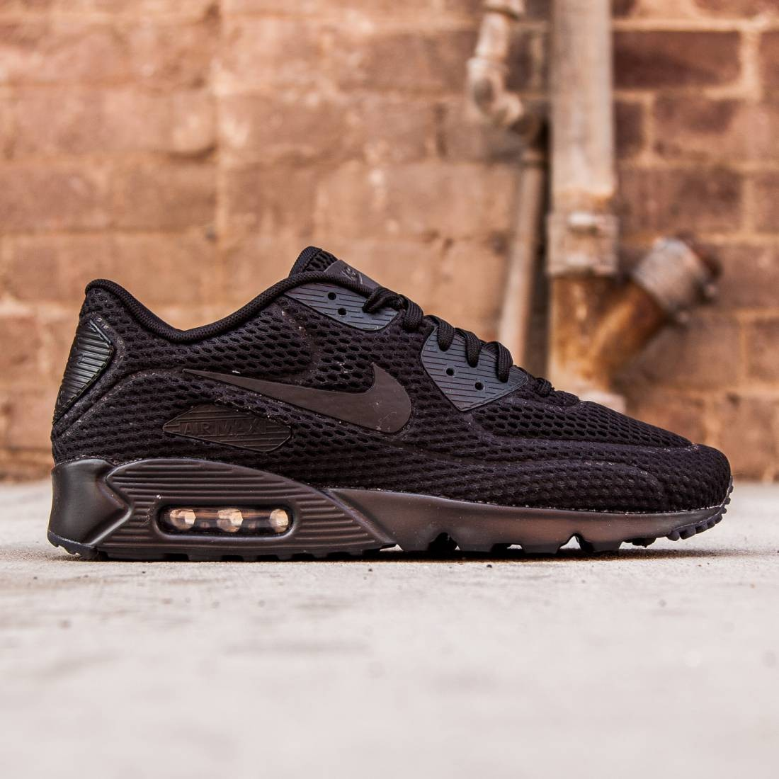 988fc8303d1 Nike Men Air Max 90 Ultra BR (black black total crimson black)