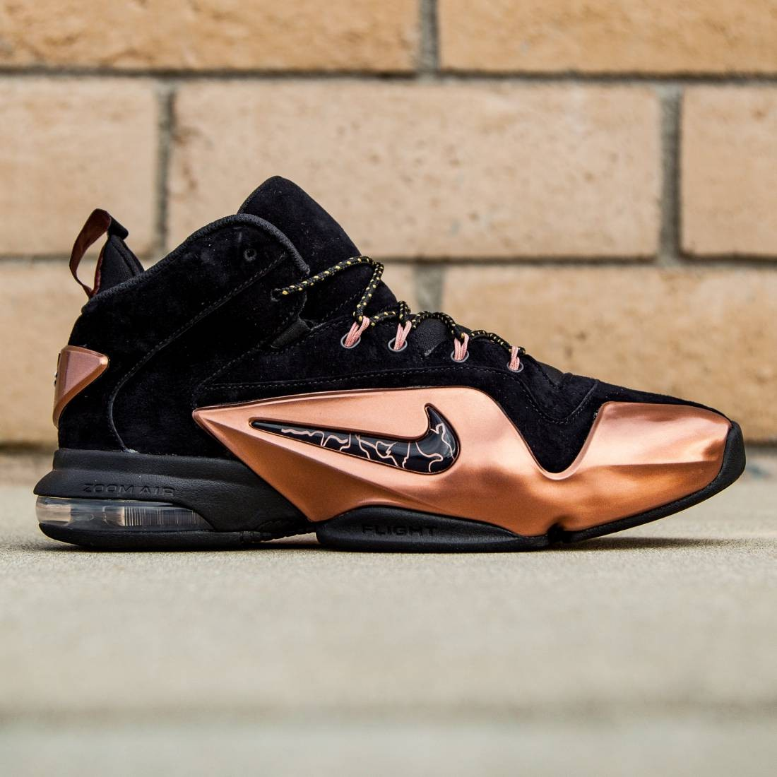 81bf5029312fc Nike Men Zoom Penny VI black metallic copper