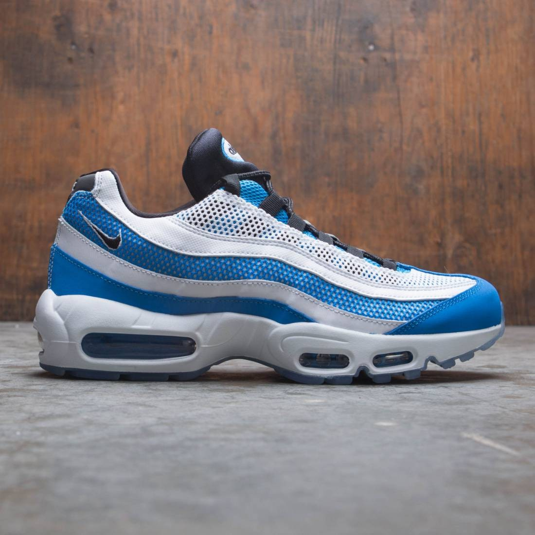 timeless design 267ba 233e7 Nike Men Air Max 95 Essential (photo blue / black-white-reflect silver)
