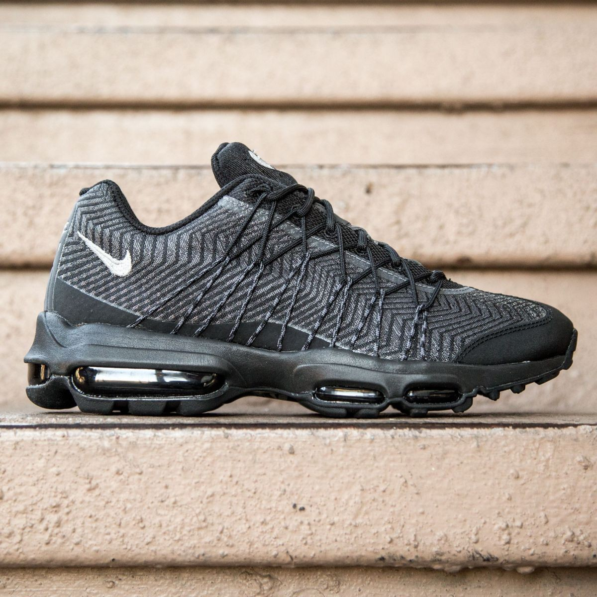 Nike Men Air Max 95 Ultra JCRD (black silver dark grey white)