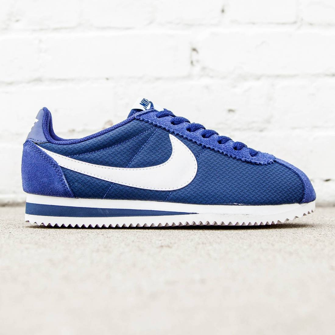 wholesale dealer eb2c5 649bf Nike Women Classic Cortez Nylon (blue   loyal blue   white)