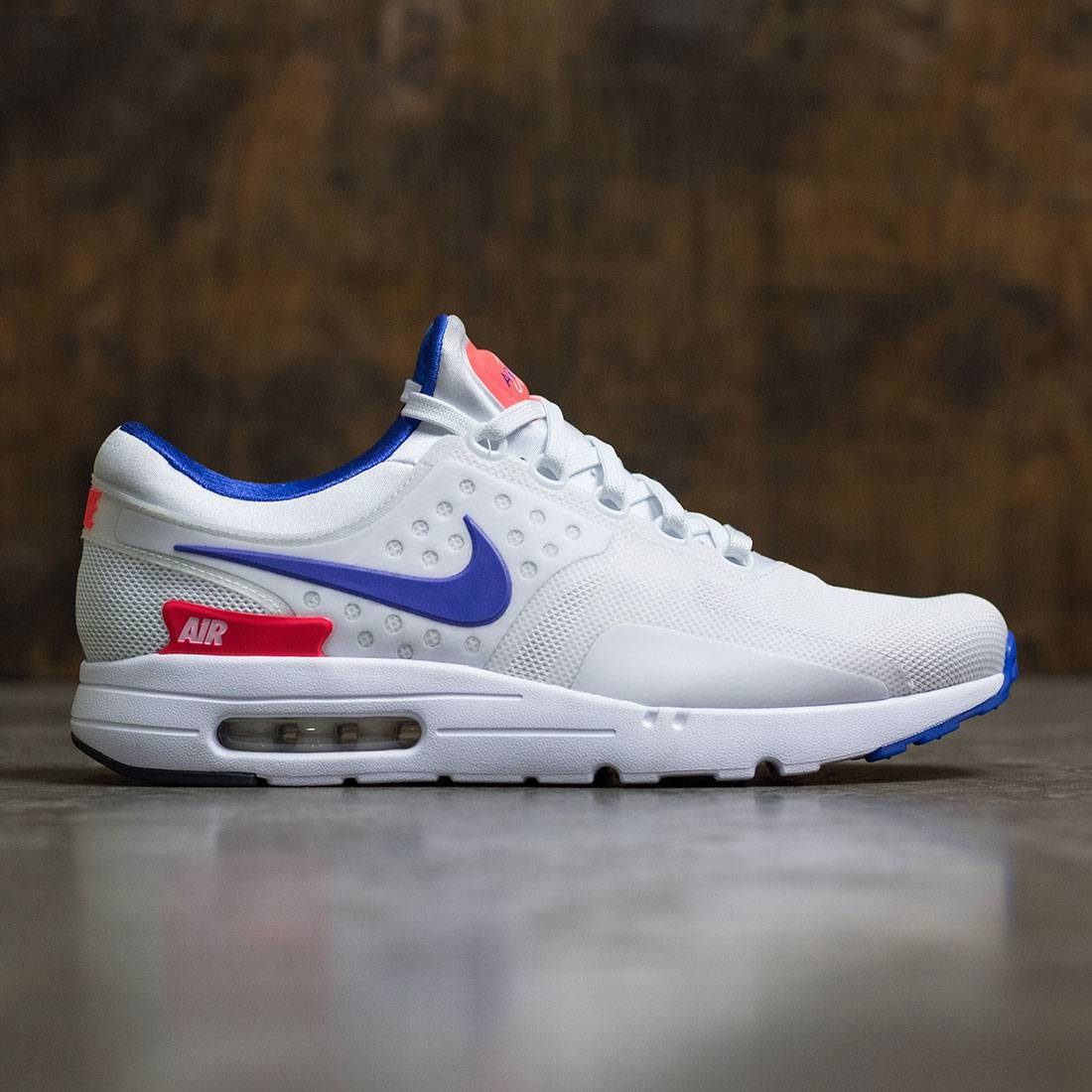 Nike Men Air Max Zero (white   ultramarine-solar red-black) 3aaf392df