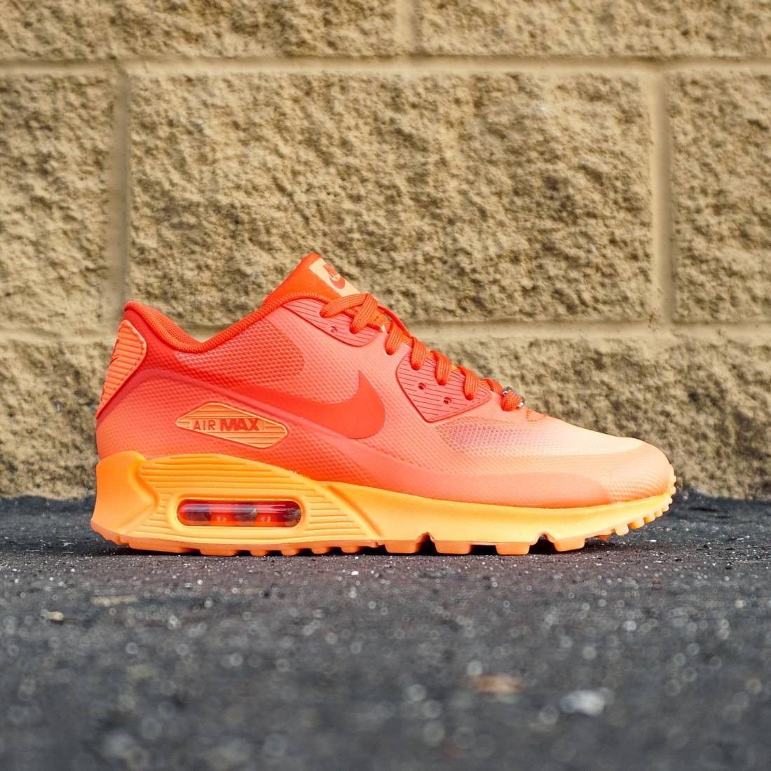 best sneakers 7d6f8 3dc21 Nike Women Air Max 90 HYP QS (orange   challenge red   atomic orange)
