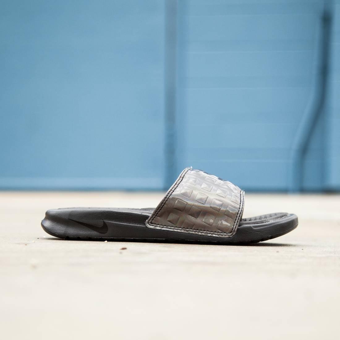 911f5c04a Nike Women Benassi Just Do It Ultra Premium Slide (black   black)