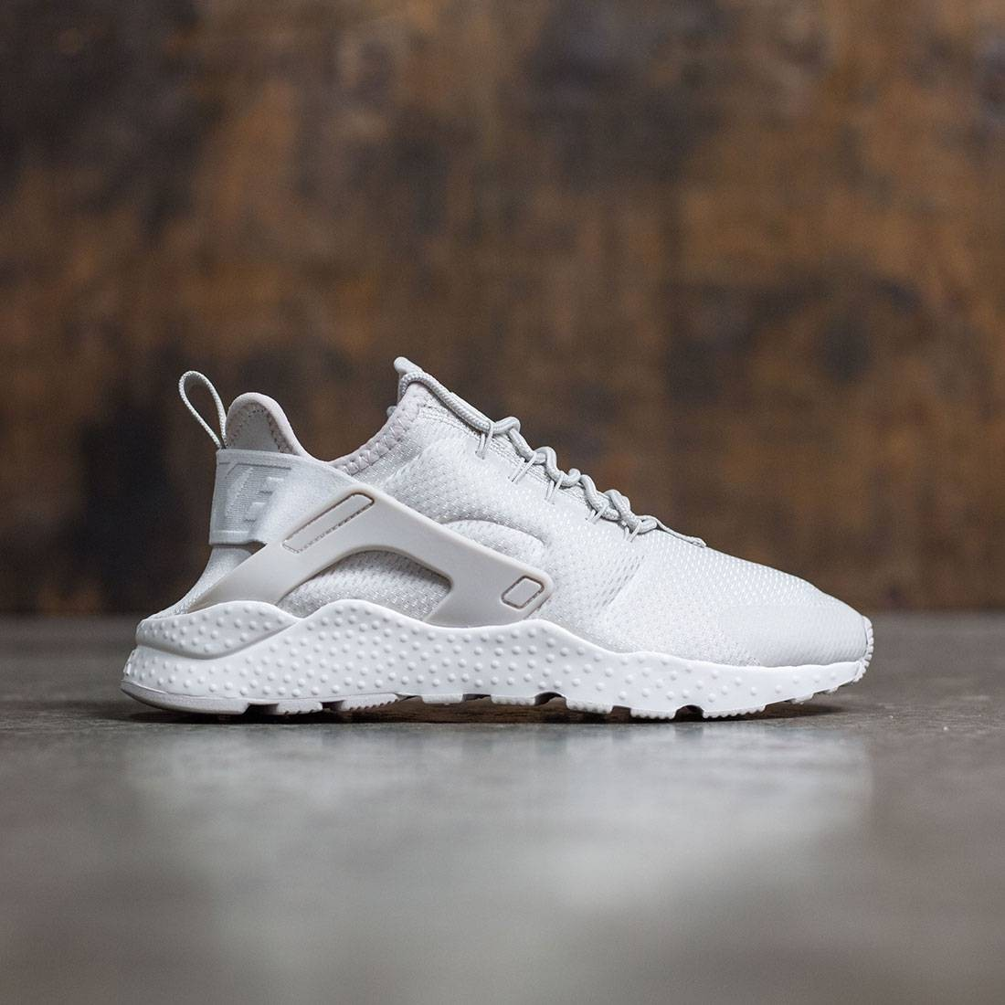 Nike Women Air Huarache Run Ultra (light bone   light bone-sail) 00c77958fc
