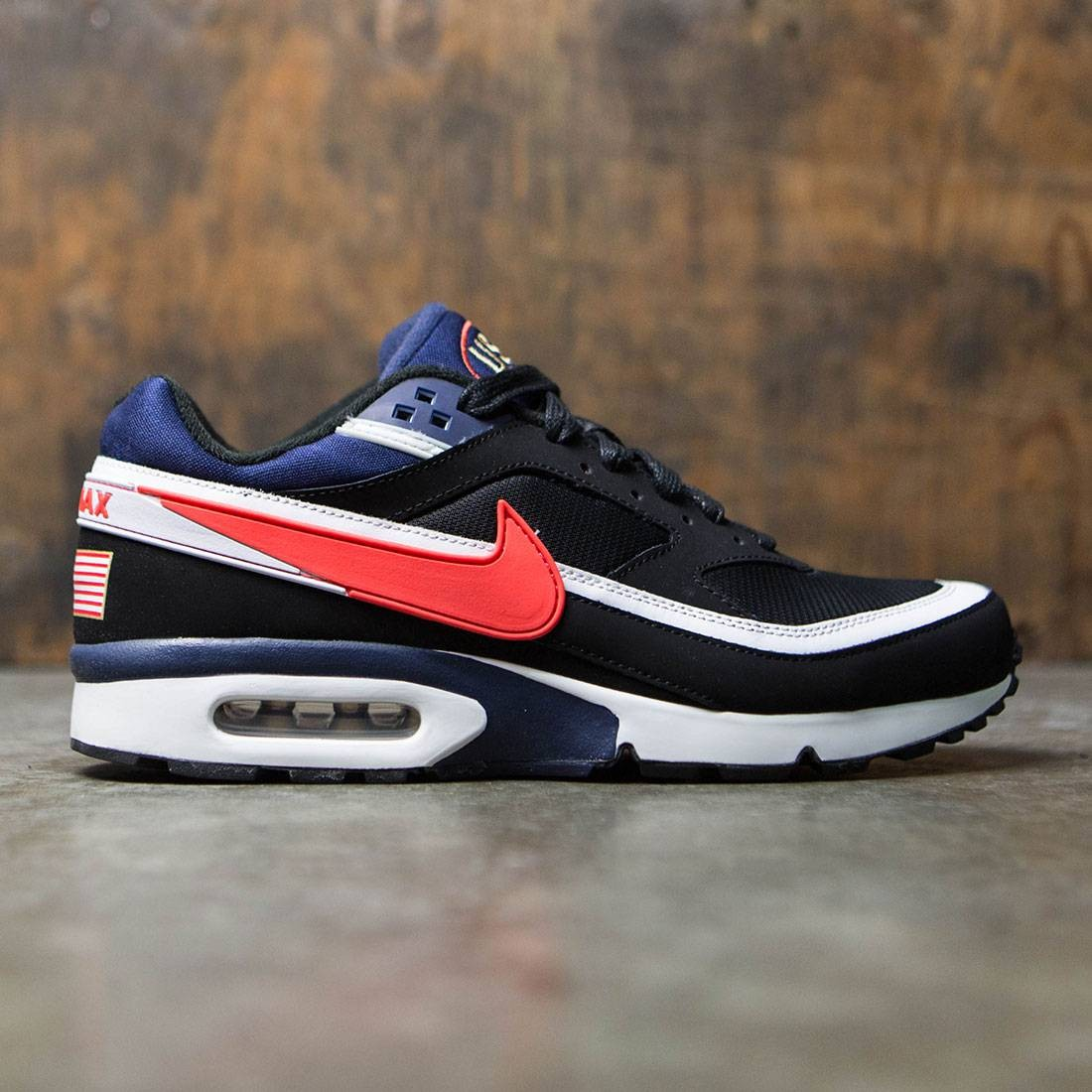 best service 30387 62155 Nike Men Men S Nike Air Max Bw Premium (black   crimson-midnight navy-white)