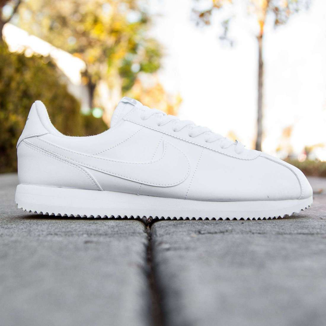 best loved d8f4e 820ac Nike Men Cortez Basic Leather white wolf grey metallic silver