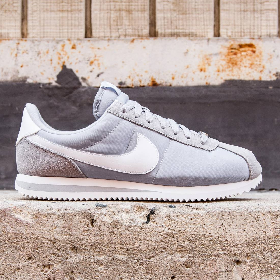 sale retailer a8094 a712a Nike Men Cortez Basic Nylon (gray / wolf grey / white / metallic silver)