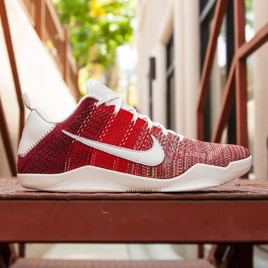 half off 2bc6e 27cb8 Nike Men Kobe XI Elite Low 4KB - Red Horse (red   team red   summit white)