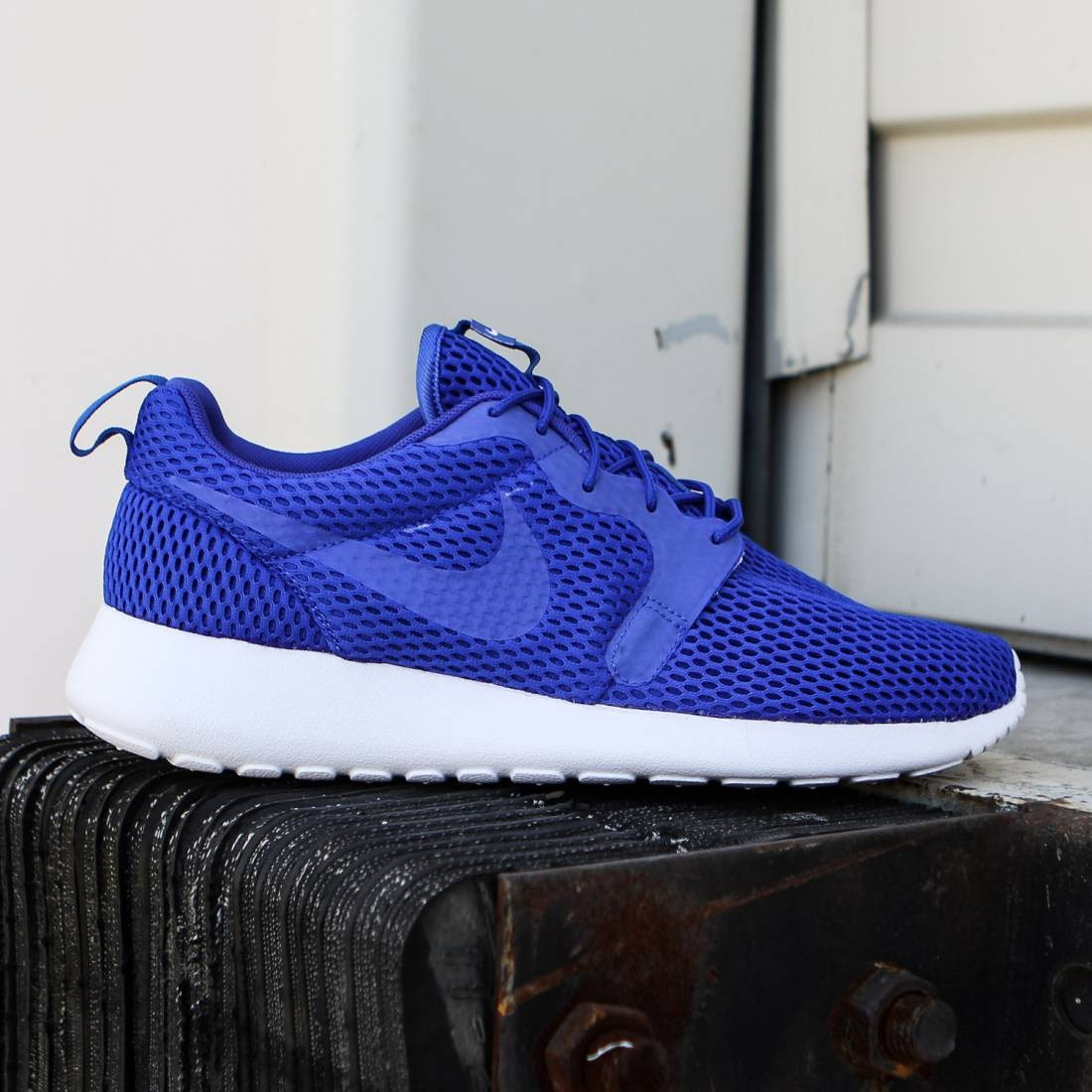 promo code 86540 800f3 Nike Men Roshe One Hyperfuse BR (racer blue white  racer blue)