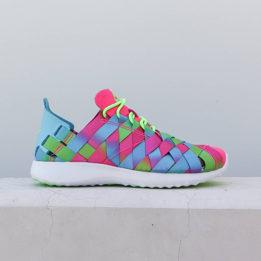 dde3febefd8 Nike Women Juvenate Woven Premium Women'S Shoe (gamma blue / electric green  / white / pink blast)