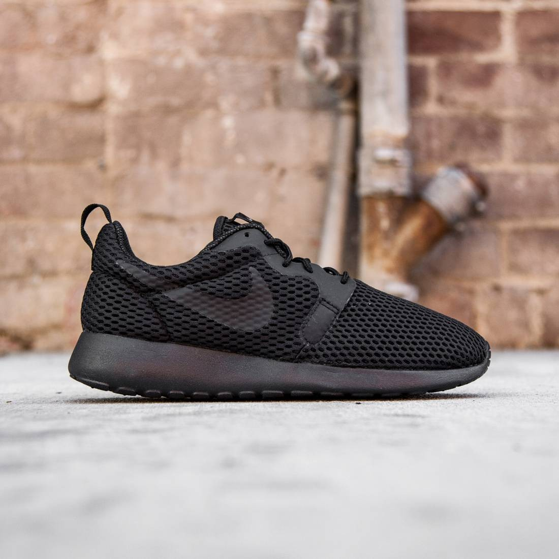 on sale d8d40 c3bad Nike Women Roshe One Hyperfuse BR (black / cool grey / black)