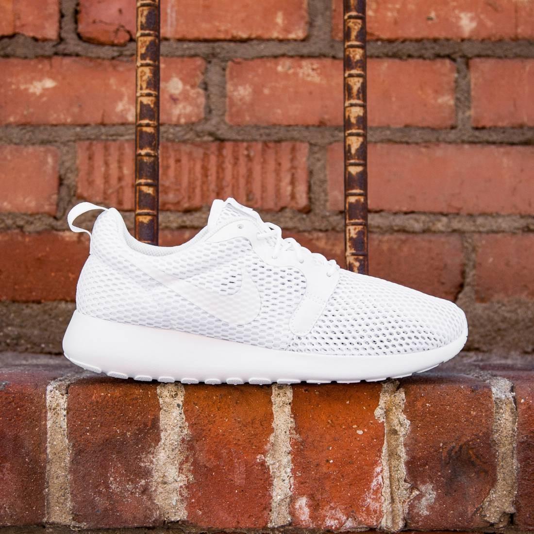 4d902781074d Nike Women Roshe One Hyperfuse BR (white pure platinum  white)