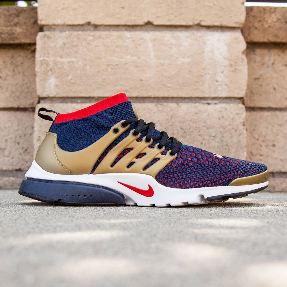 a63706d563c Nike Men Nike Air Presto Ultra Flyknit Shoe (college navy / comet  red-metallic gold)