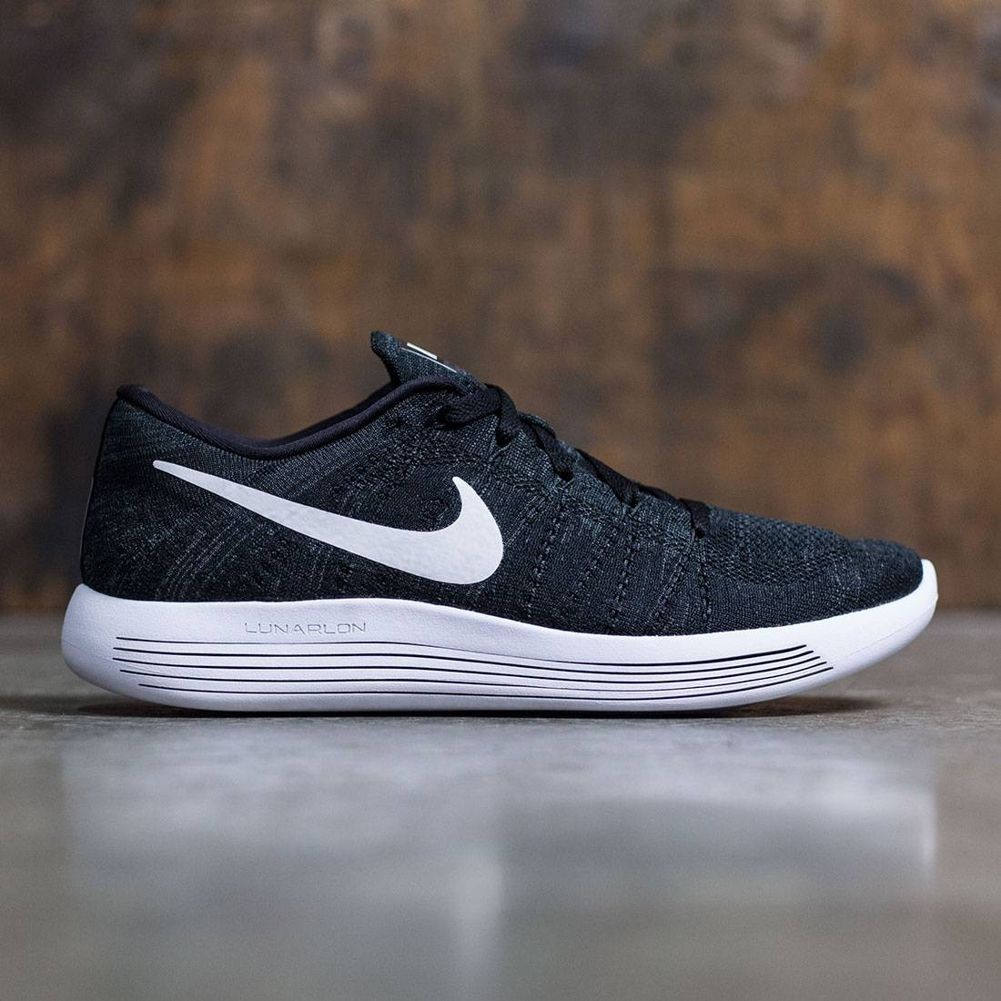 timeless design 0a0f1 e5374 Nike Men Lunarepic Low Flyknit Running (black   white-anthracite)