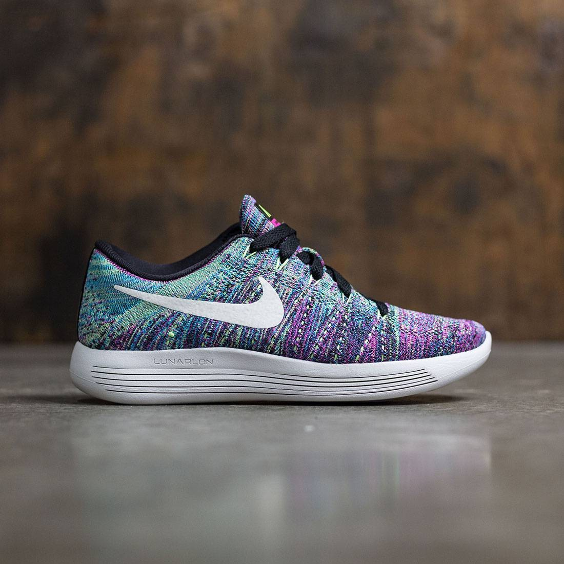 3c0077955918d Nike Women Lunarepic Low Flyknit Running (black   summit white-fire pink- blue glow)