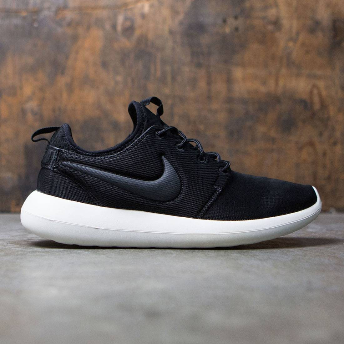 promo code 32f5a a8b31 Nike Men Roshe Two (black / anthracite-sail-volt)