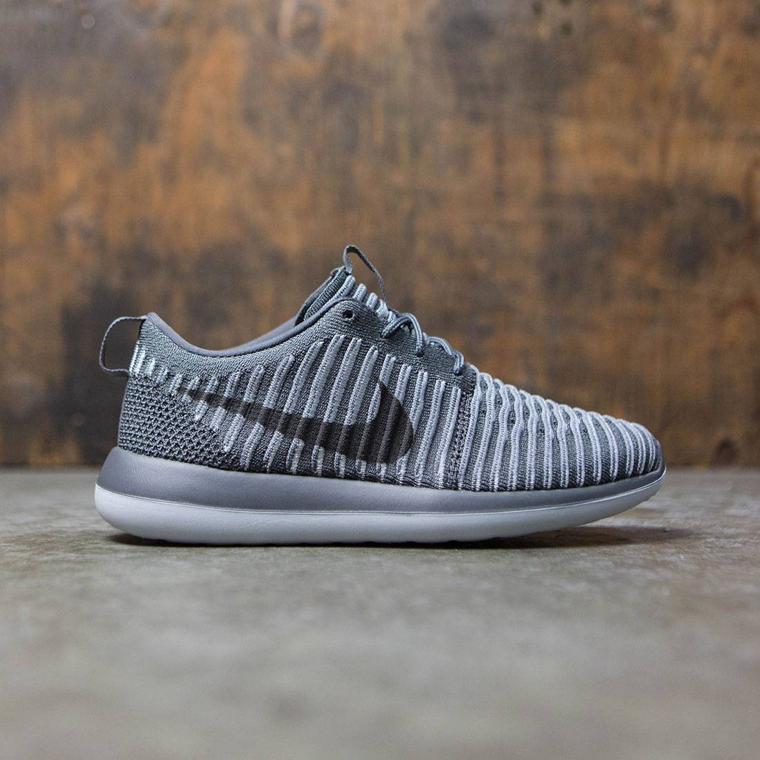 size 40 b775e 278f0 Nike Women Roshe Two Flyknit (dark grey   dark grey-pure platinum)