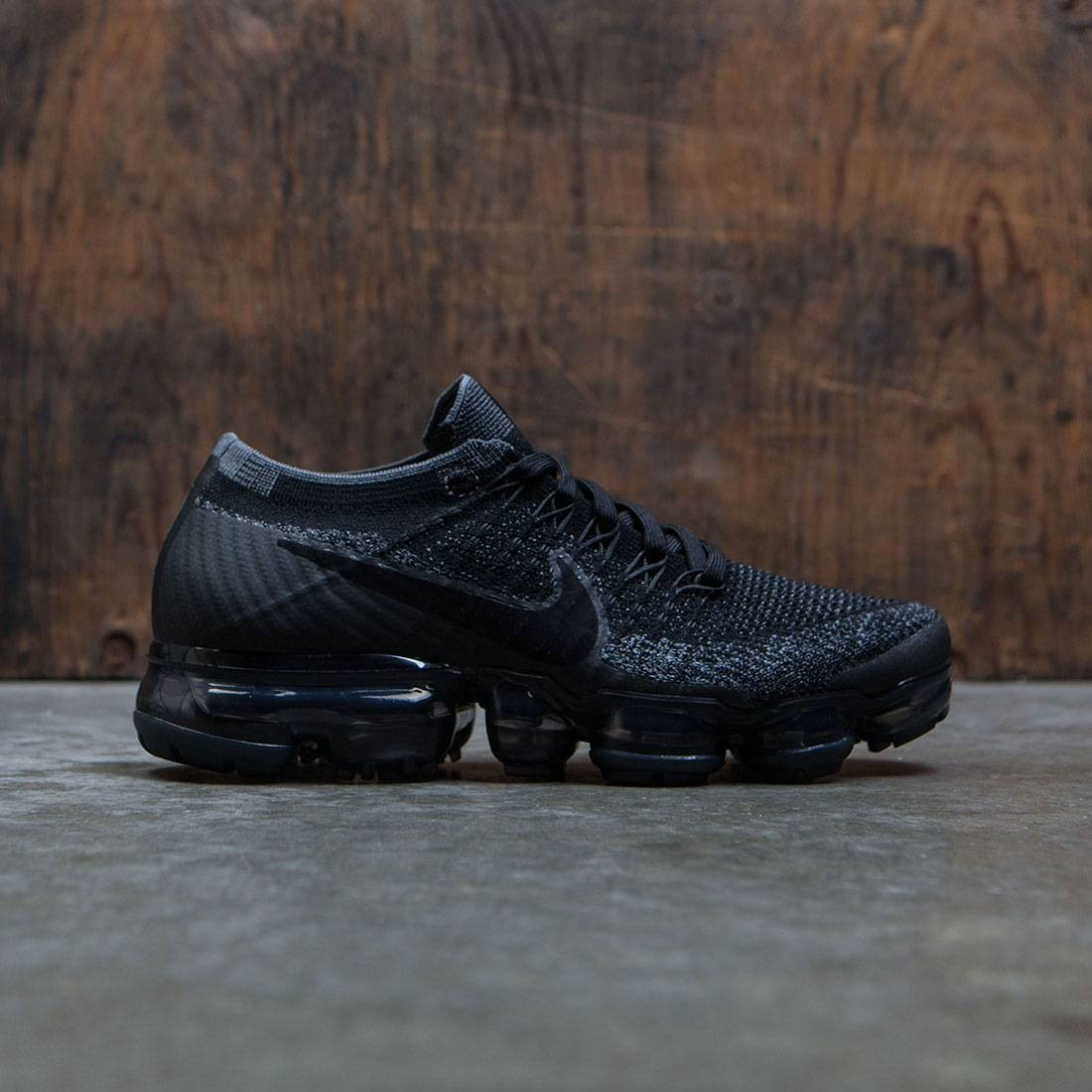 sale retailer f9743 cb3af Nike Women Air Vapormax Flyknit Running (black / anthracite-dark grey)