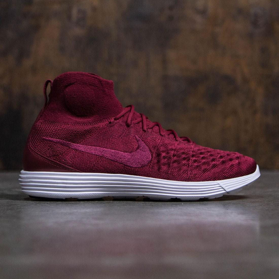 Nike Men Lunar Magista Ii Flyknit (team red / team red-team red-white)