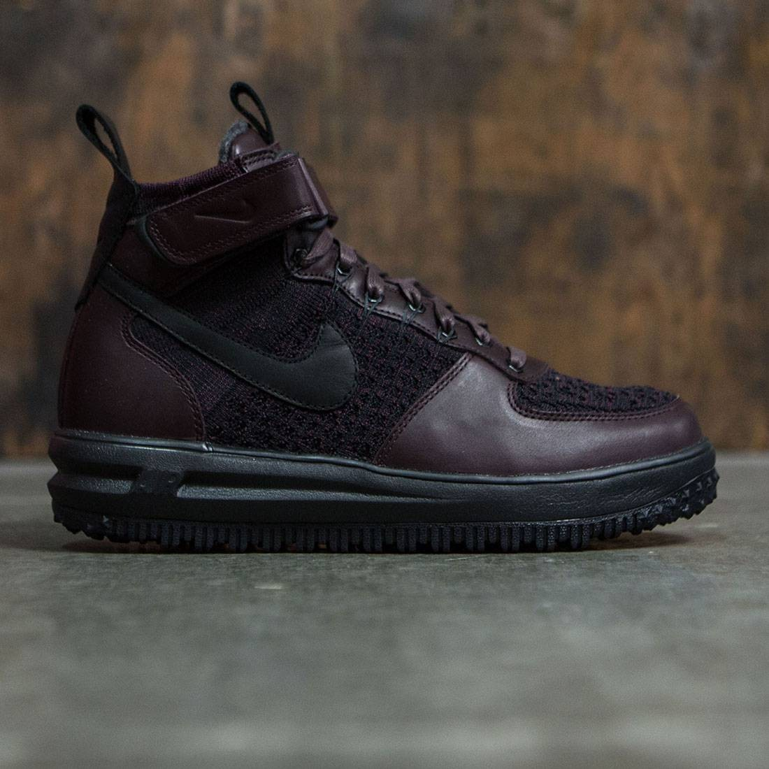 Nike Men Lunar Force 1 Flyknit Workboot (deep burgundy / black
