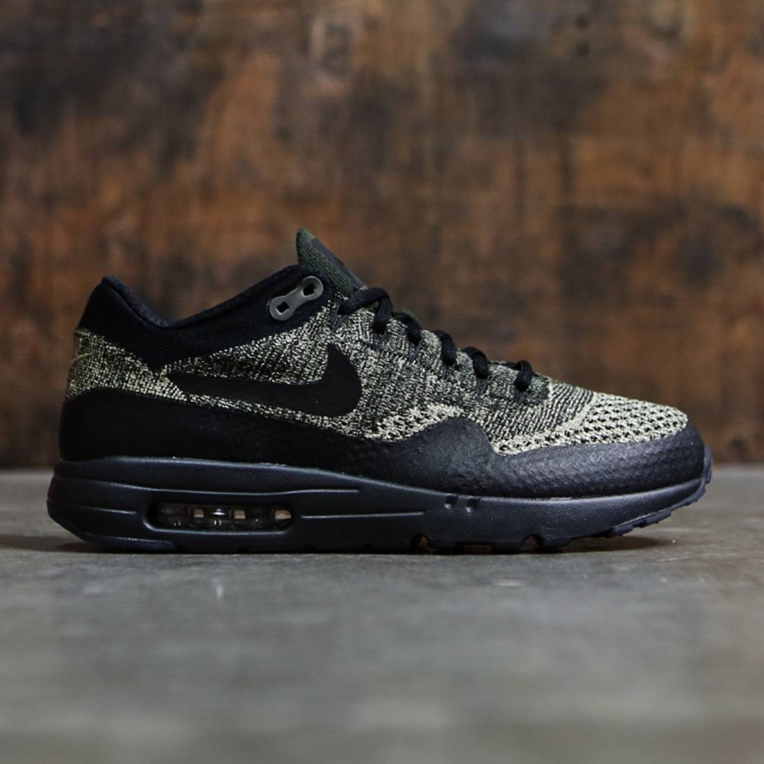 Nike Men Air Max 1 Ultra Flyknit (neutral olive black sequoia)