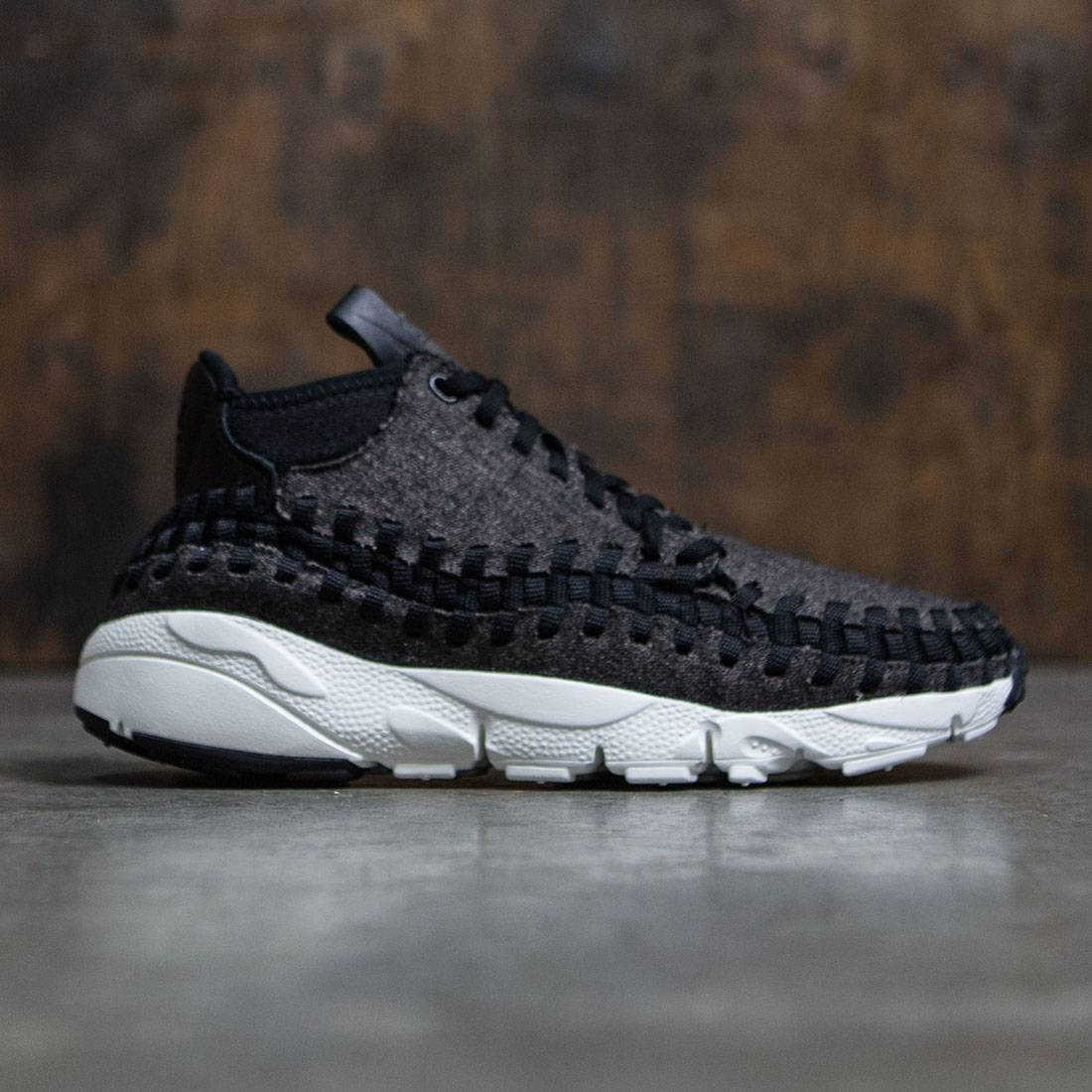 premium selection ffaab a826a Nike Men Air Footscape Woven Chukka Se (black   black-ivory)