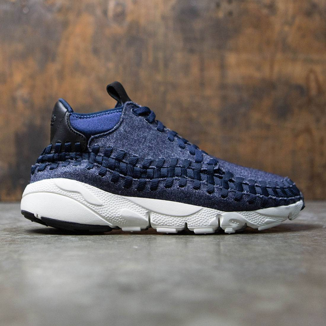 cheap for discount 0e846 b378f Nike Men Air Footscape Woven Chukka Se (obsidian   black-sail-black)