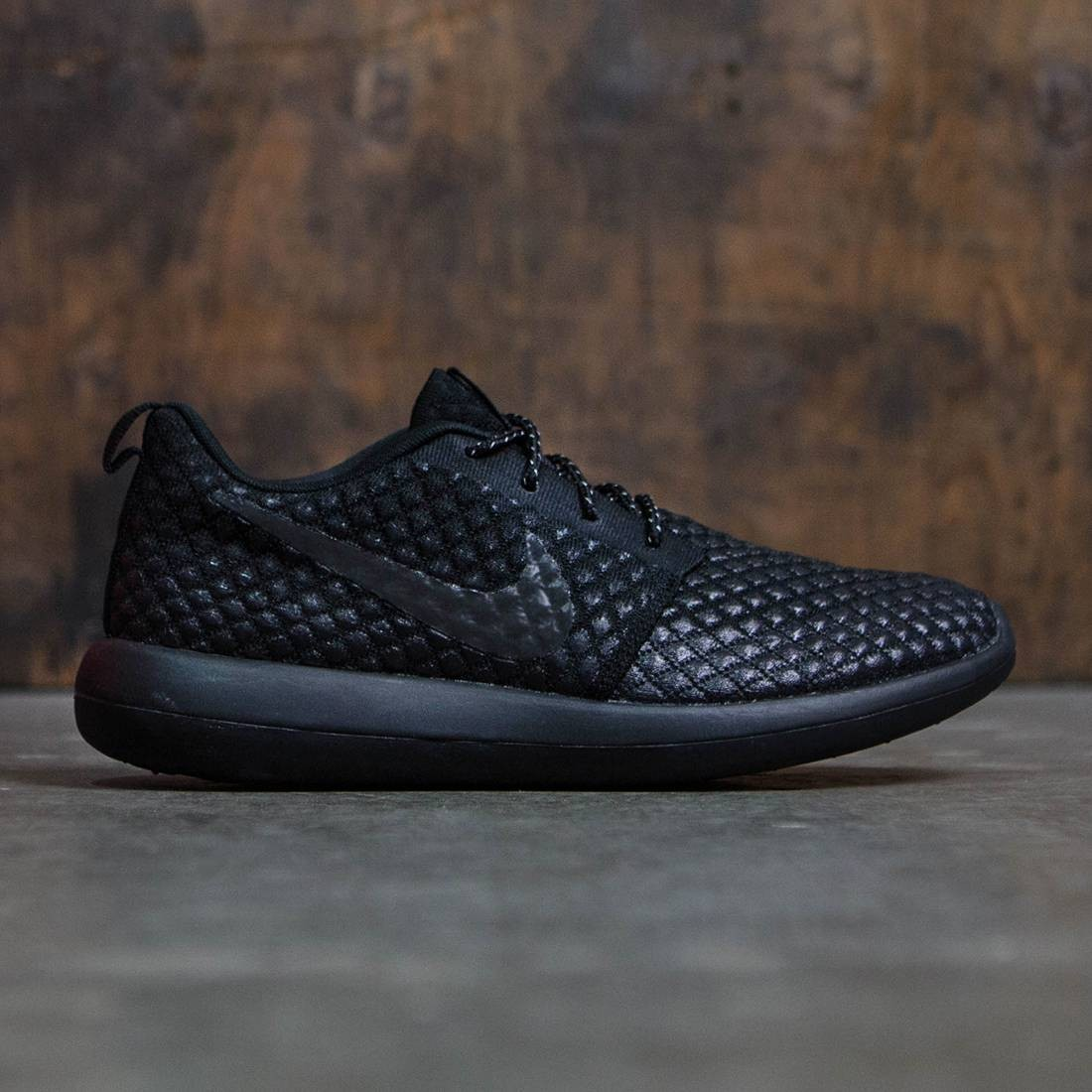 the best attitude 17cfb e71f1 Nike Men Roshe Two Flyknit 365 (black / black-black-black)