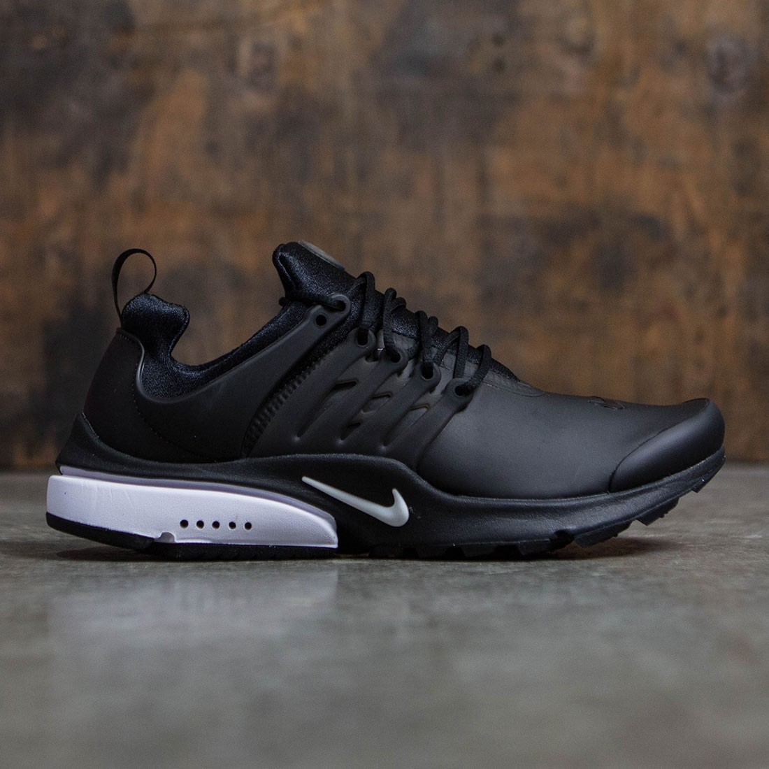 6a6af904b036 Nike Men Air Presto Low Utility (black   white)