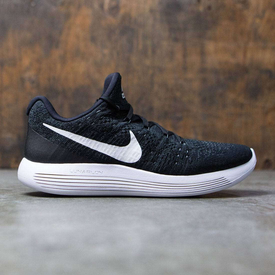 the best attitude 9b296 2393d Nike Men Lunarepic Low Flyknit 2 Running (black   white-anthracite)