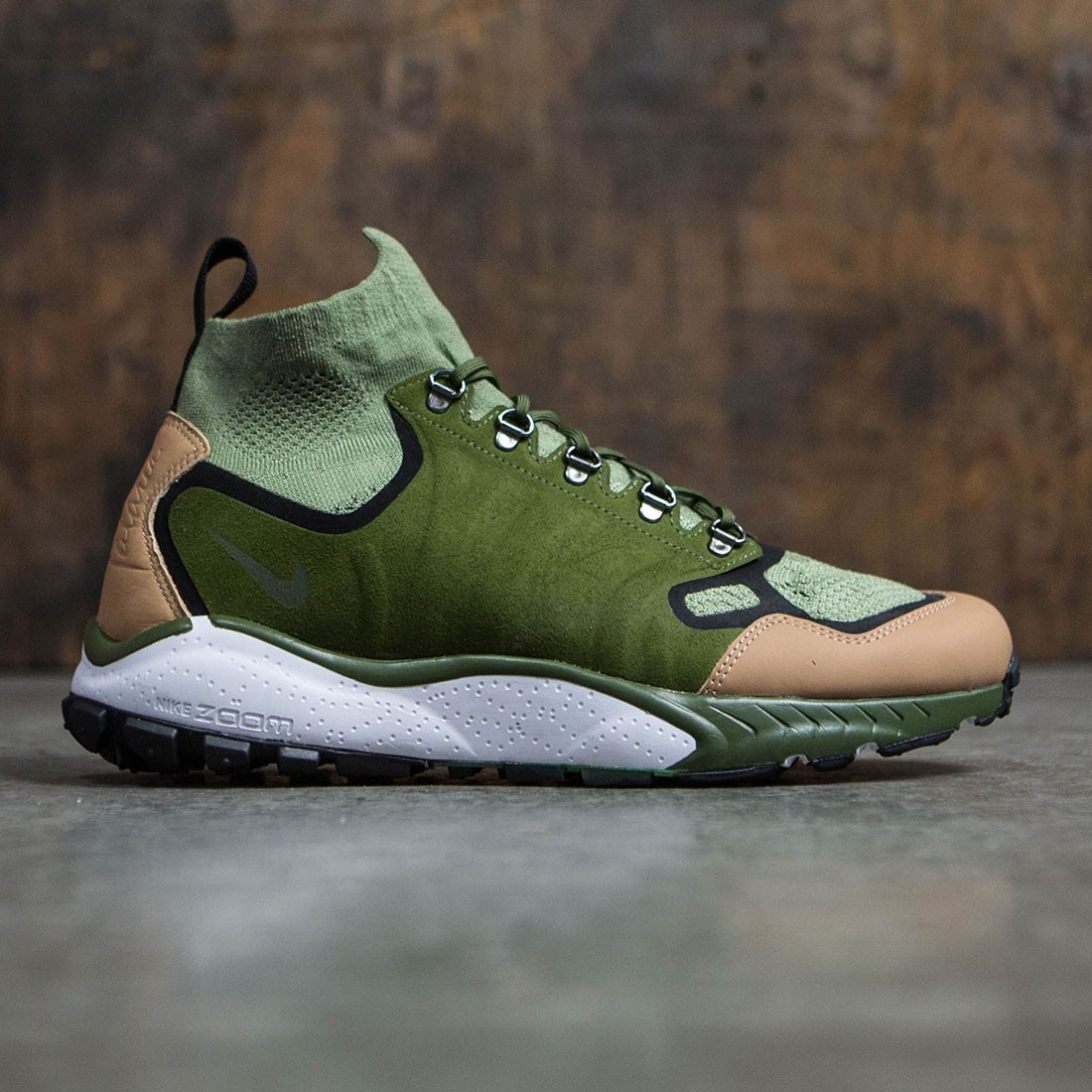 0399a49681cf Nike Men Air Zoom Talaria Mid Flyknit Premium (palm green   legion  green-vachetta tan)