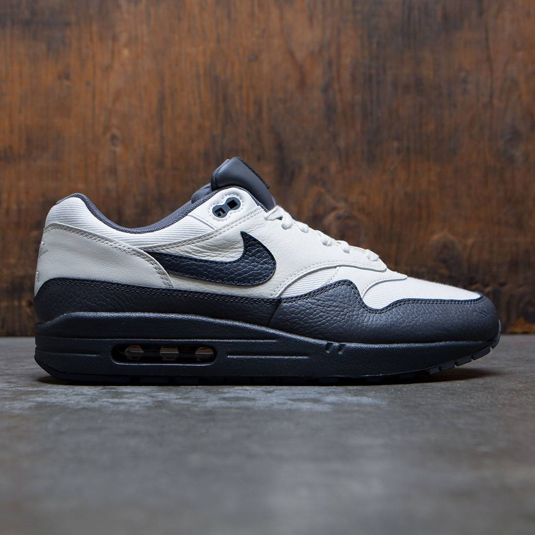 nike air max 1 premium grey black