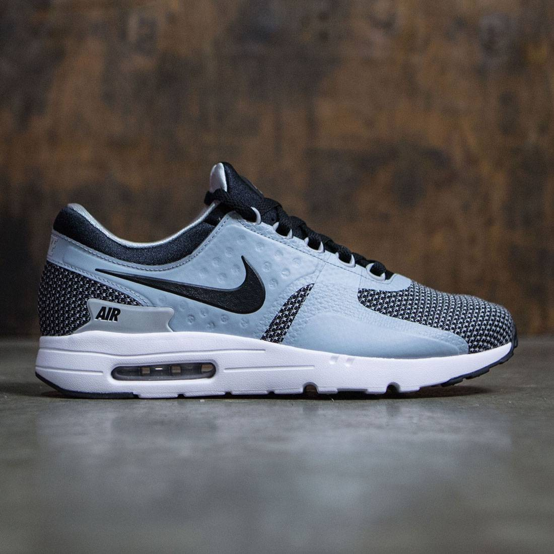 detailed look 4e319 c6703 Nike Men Air Max Zero Essential (black  black-wolf grey)
