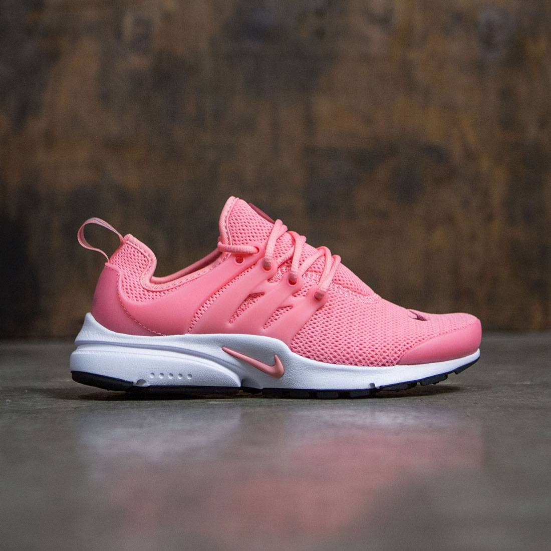 5ad8a64222f Nike Women Air Presto (bright melon / bright melon-cedar-white)