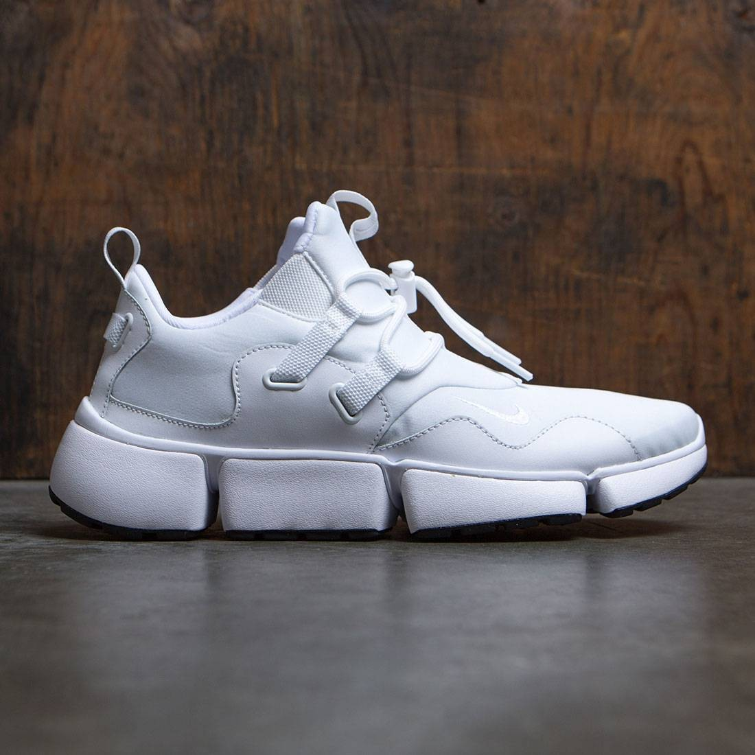 Nike Men Pocketknife Dm (white / white-white-black)