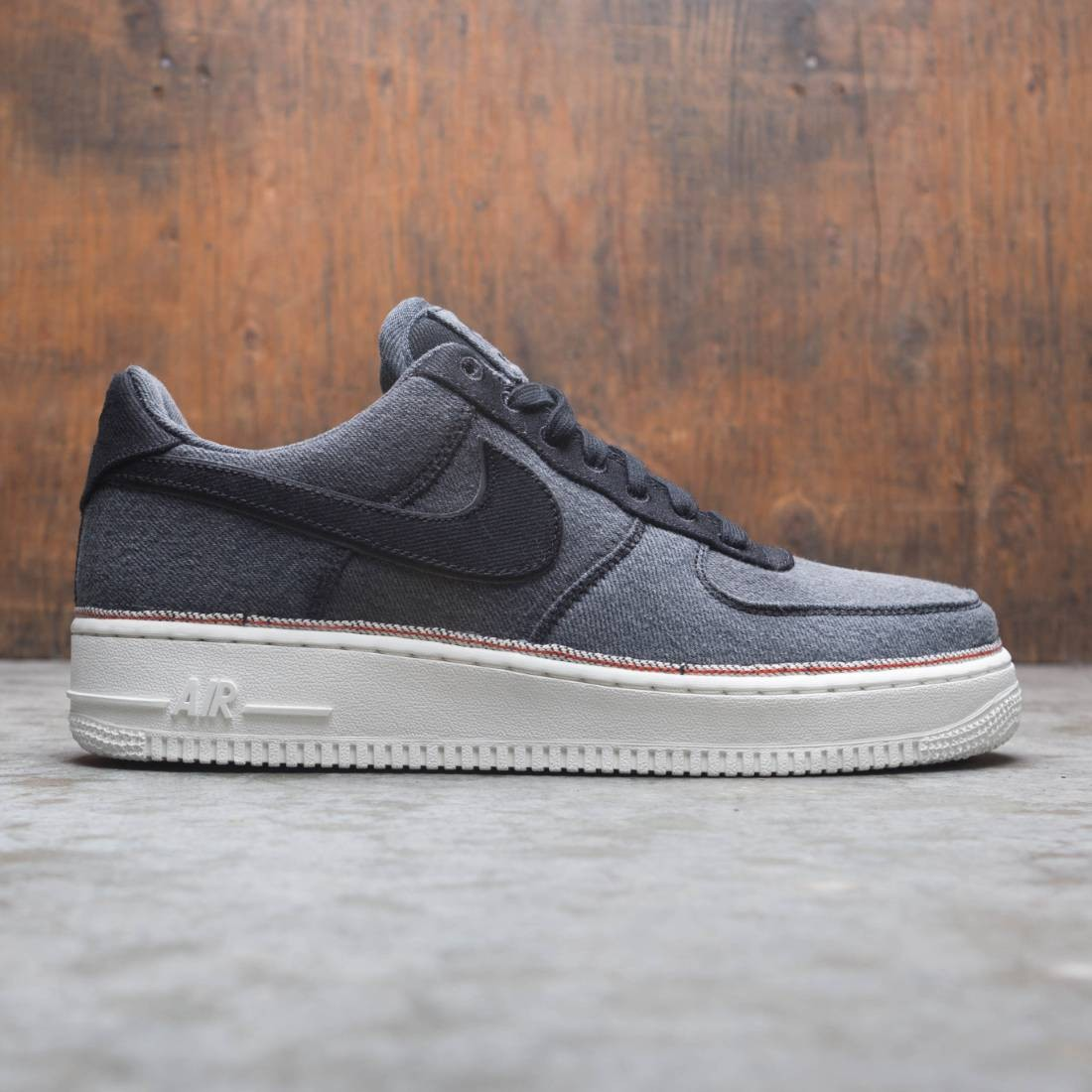 Nike Men Air Force 1 '07 Premium (black / black-summit white)