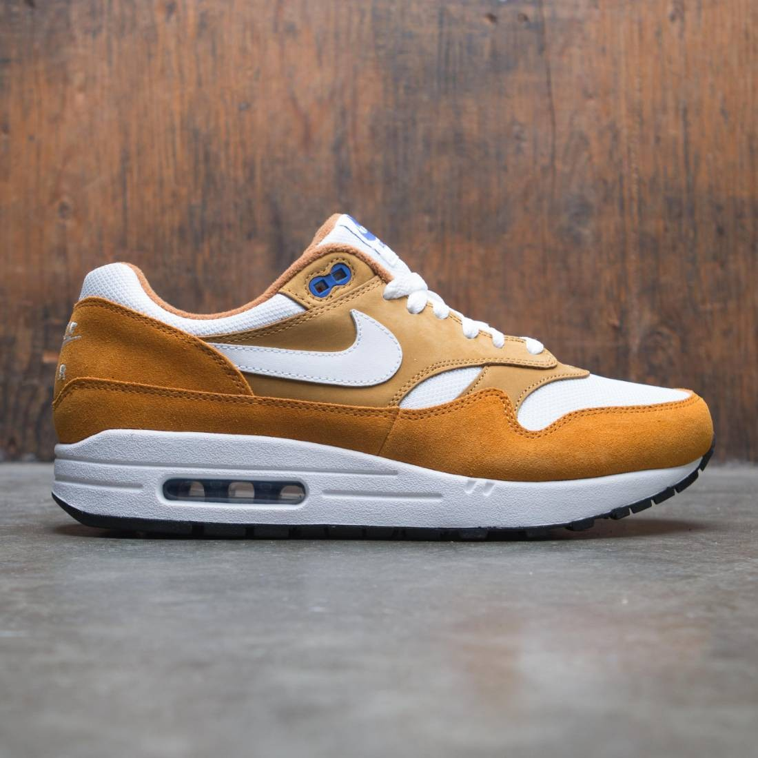 Nike Men Air Max 1 Premium Retro Curry Pack (dark curry true white sport blue black)