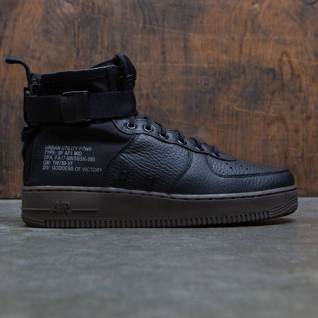 Nike Men Sf Air Force 1 Mid (black black dark hazel)