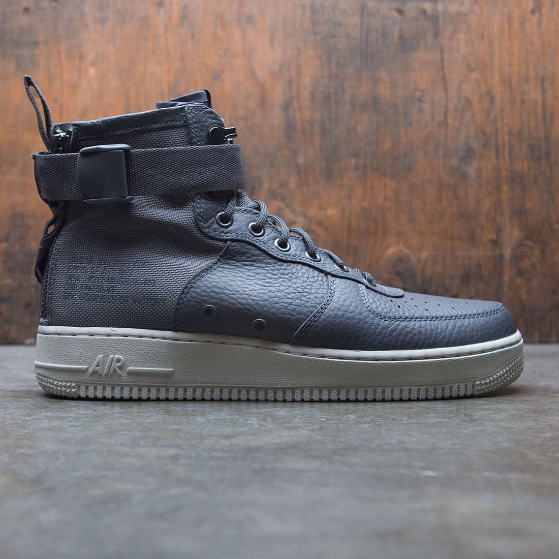 pretty nice 89f15 6bf72 Nike Men Sf Air Force 1 Mid (dark grey / dark grey-light bone)