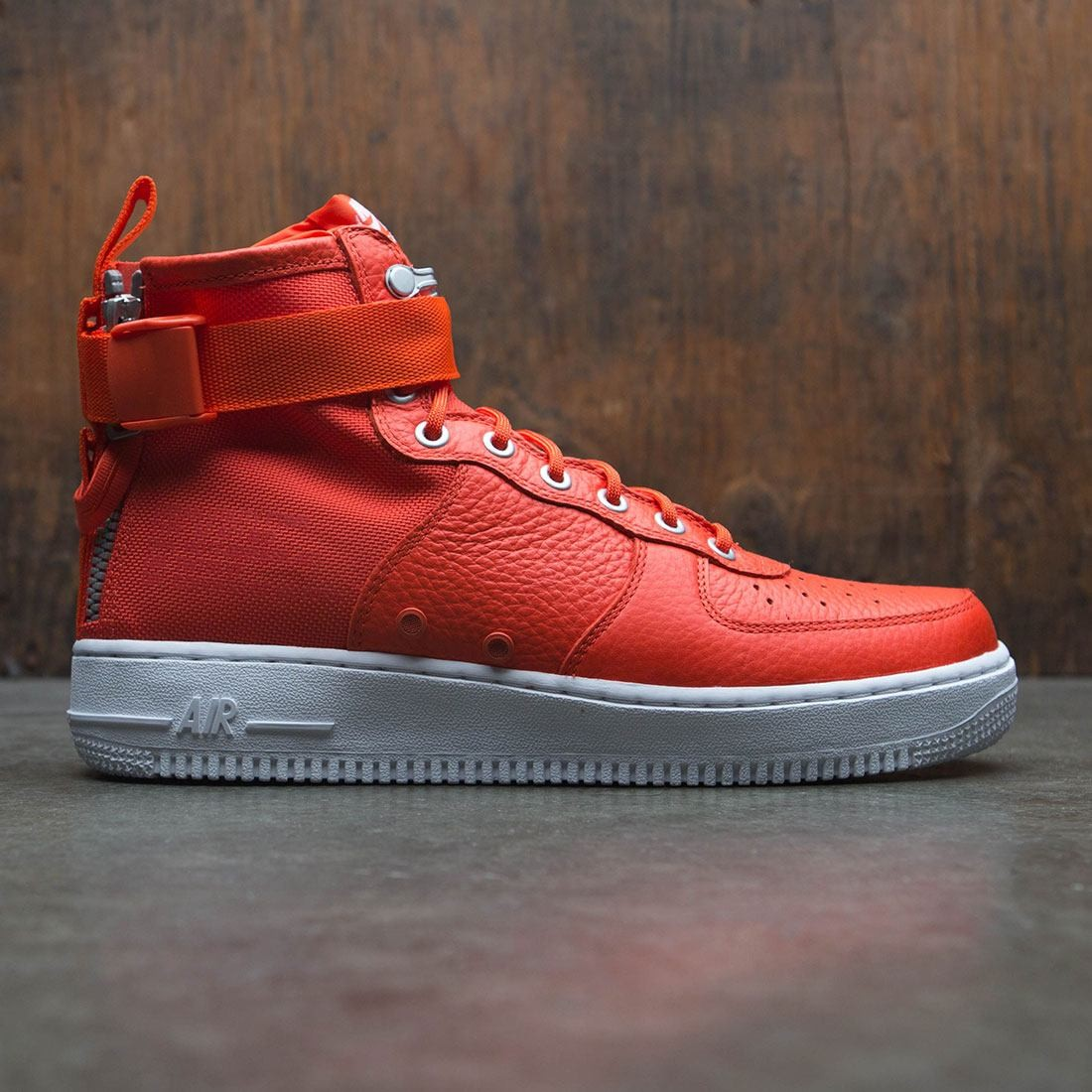 ff31315a nike men sf air force 1 mid team orange team orange team orange