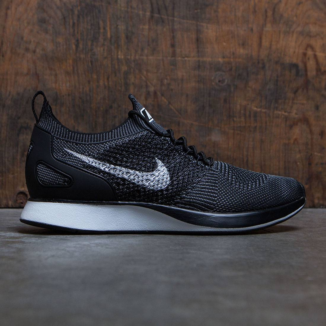 b1047a17b656d nike men air zoom mariah flyknit racer black white dark grey