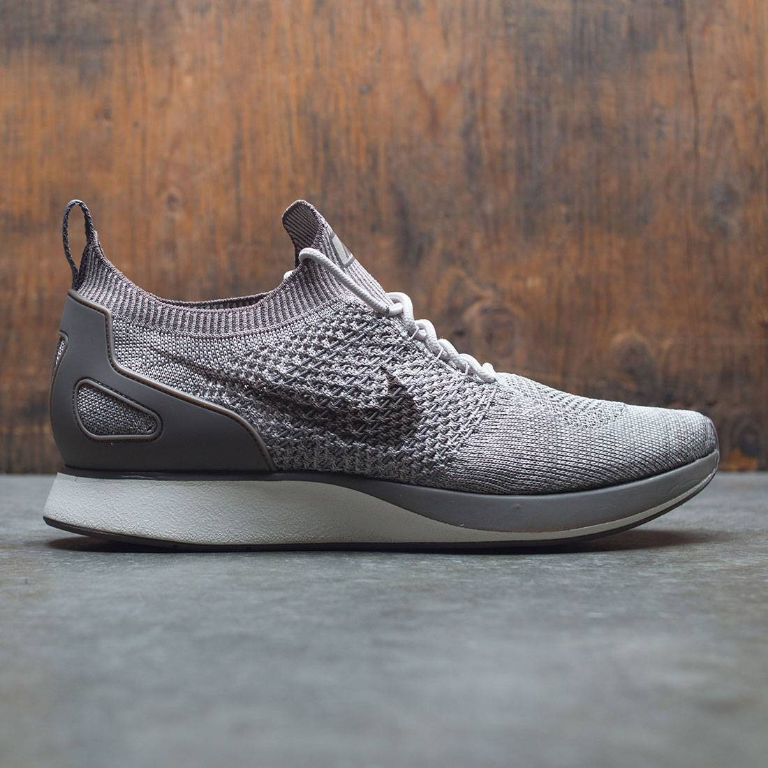 6adb93aaac4b nike men air zoom mariah flyknit racer string dark mushroom light charcoal