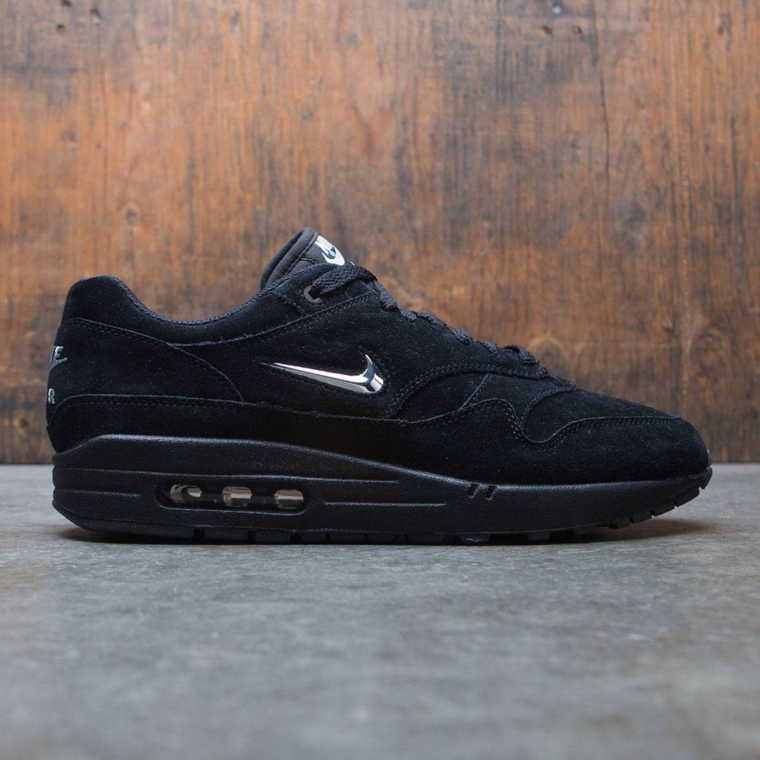 hot sales bcdde d8d9a nike men air max 1 premium sc black chrome black