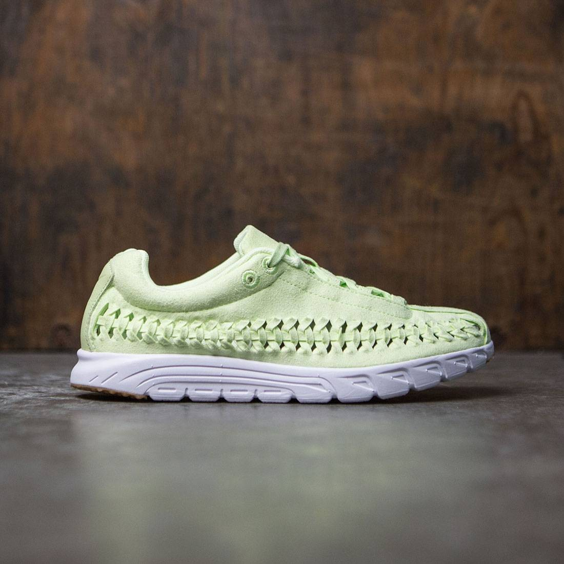 Nike Women Mayfly Woven Qs (green / lt liquid lime-white)