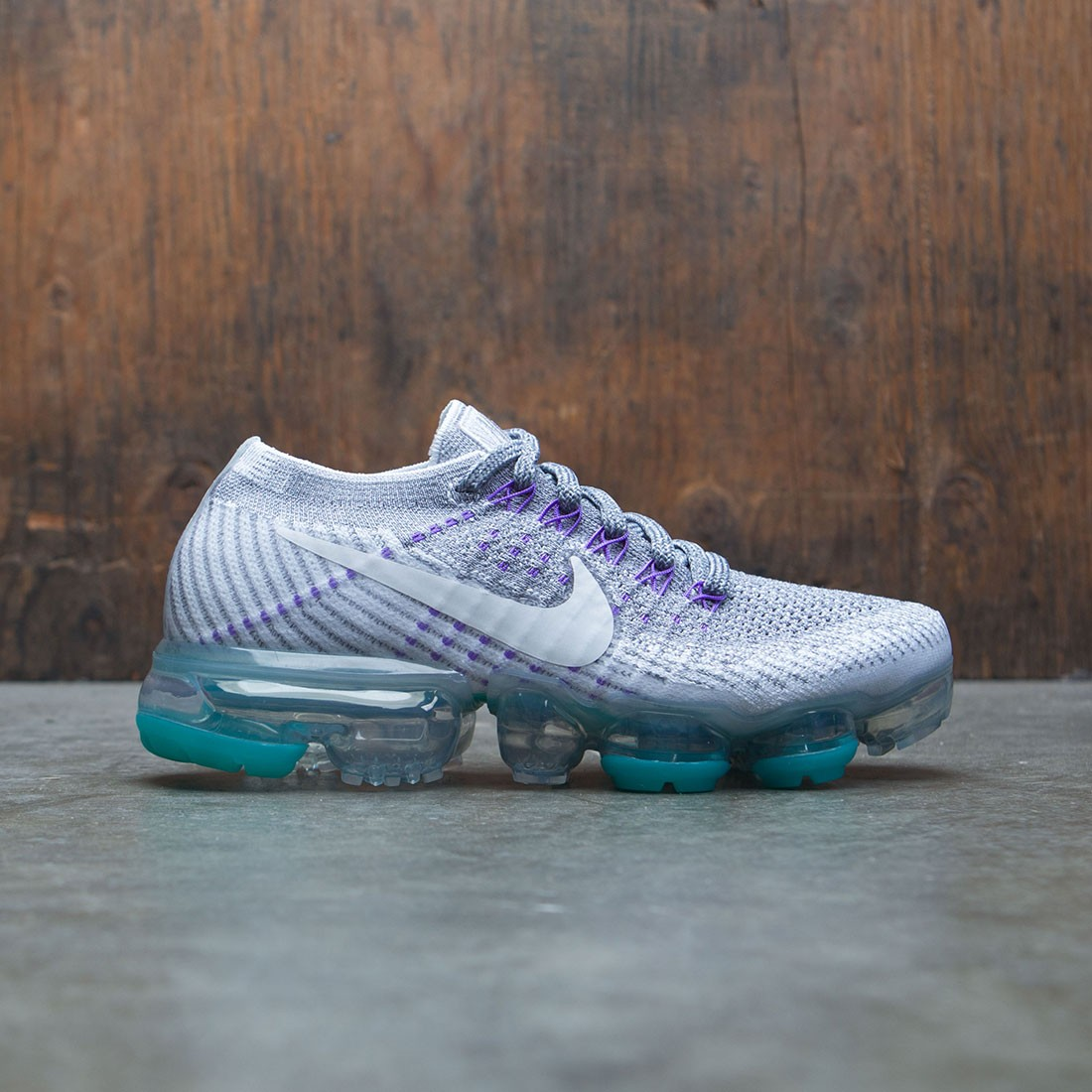 brand new 4c6c8 25bba Nike Women Air Vapormax Flyknit Running (E) (grey / cool grey / white-pure  platinum-wolf grey)