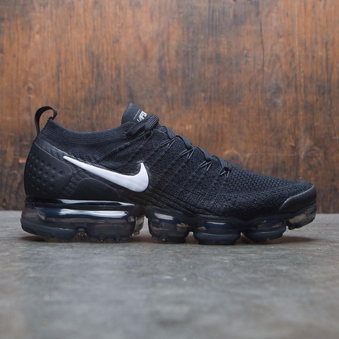 nike men air vapormax flyknit 2 black white dark grey metallic silver b43319712