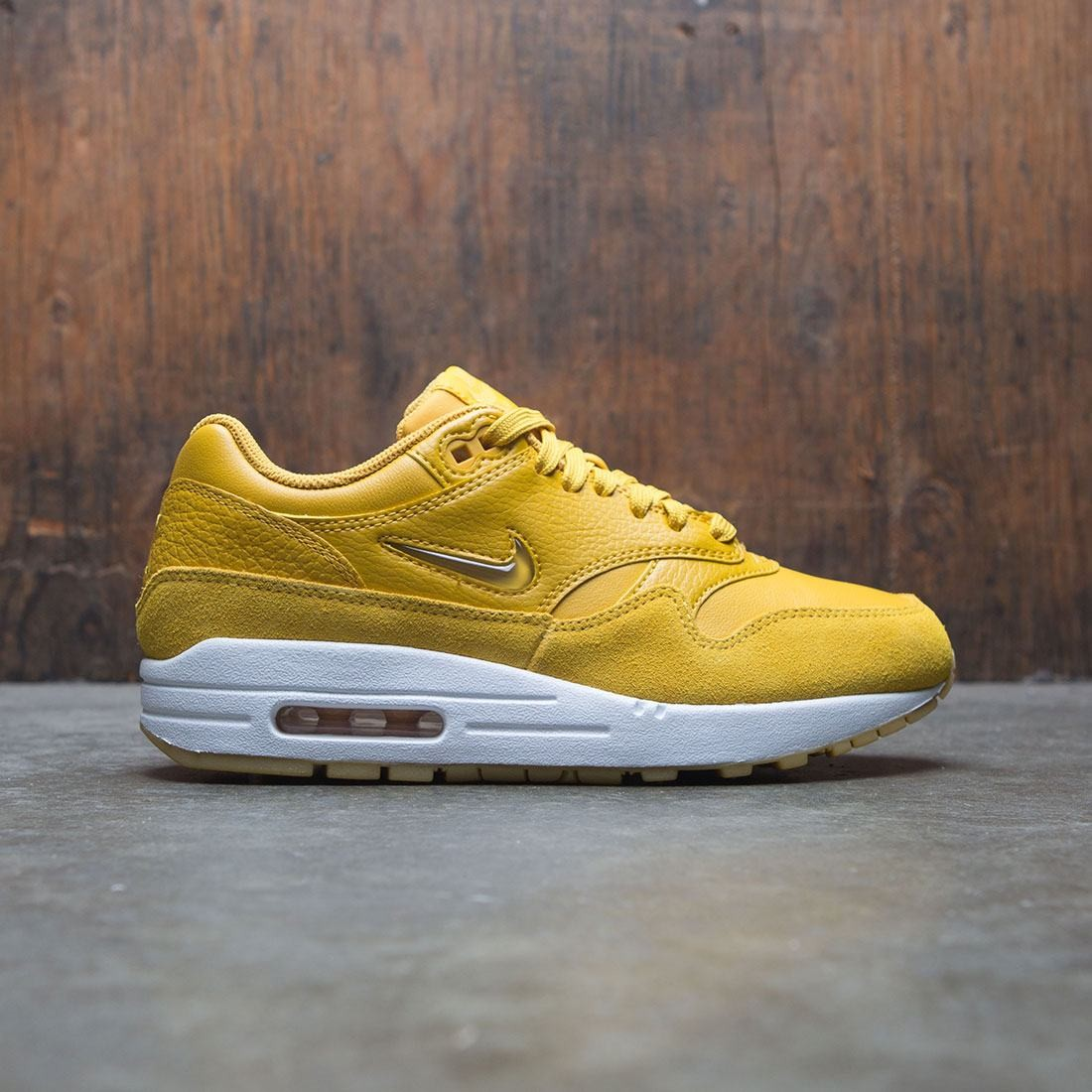 nike women air max 1 premium sc yellow mineral yellow
